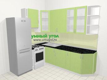 Угловая кухня МДФ металлик в современном стиле 6,8 м², 190 на 250 см, Салатовый металлик, верхние модули 92 см, холодильник, отдельно стоящая плита
