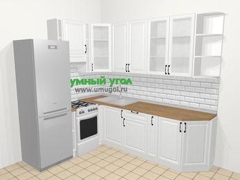 Угловая кухня из массива дерева в скандинавском стиле 6,8 м², 190 на 250 см, Белые оттенки, верхние модули 92 см, холодильник, отдельно стоящая плита