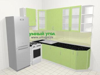 Угловая кухня МДФ металлик в современном стиле 6,8 м², 190 на 250 см, Салатовый металлик, верхние модули 92 см, посудомоечная машина, холодильник, отдельно стоящая плита