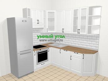 Угловая кухня из массива дерева в скандинавском стиле 6,7 м², 210 на 230 см, Белые оттенки, верхние модули 92 см, посудомоечная машина, встроенный духовой шкаф, холодильник