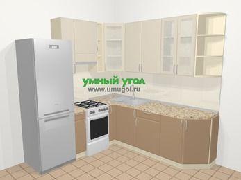 Угловая кухня МДФ матовый в современном стиле 6,7 м², 210 на 230 см, Керамик / Кофе, верхние модули 92 см, холодильник, отдельно стоящая плита