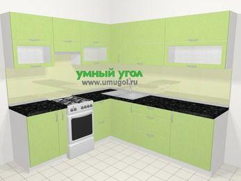 Угловая кухня МДФ металлик в современном стиле 6,9 м², 210 на 240 см, Салатовый металлик, верхние модули 72 см, отдельно стоящая плита