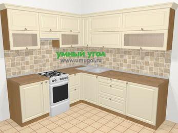 Угловая кухня из массива дерева в стиле кантри 6,9 м², 210 на 240 см, Бежевые оттенки, верхние модули 72 см, отдельно стоящая плита