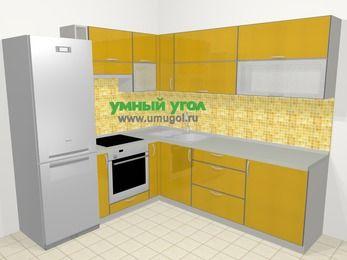 Кухни пластиковые угловые в современном стиле 6,9 м², 210 на 240 см, Желтый глянец, верхние модули 72 см, встроенный духовой шкаф, холодильник
