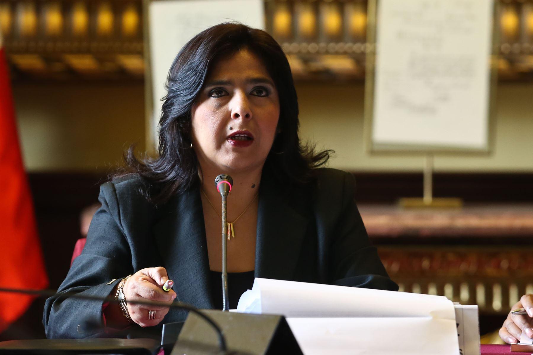 Ministra Ana Jara