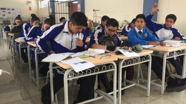Foto Referencial Mobiliario Escolar