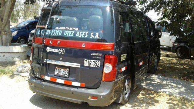 Camionetas Ocupan Veredas En Ciudad De Dios 1