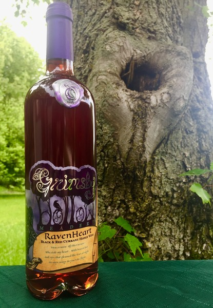 Product Image for Raven Heart - Black and Red Currant Mead