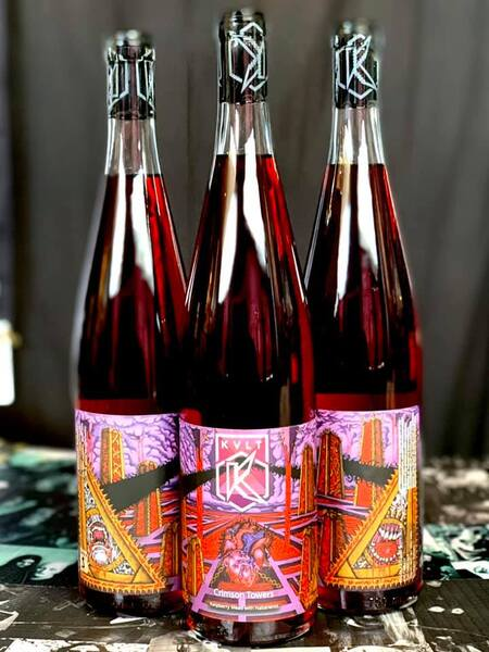 ~Crimson Towers-Raspberry Habanero Mead