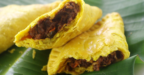 How To Make Beef, Chicken or Lamb Jamaican Patties