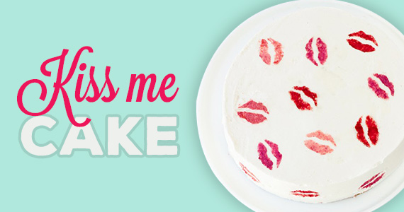 Make a Kiss Me Cake For Valentine's Day!