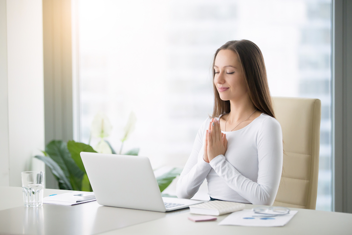 6 ways to calm clear mind mindfulness article