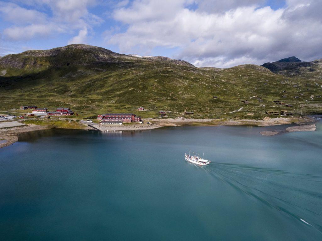 The ferry Bitihorn on the lake Bygdin taken from Eidsbugarden and Fondsbu