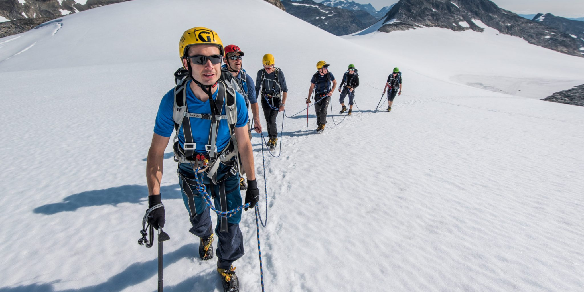 Glacier walking in Jotunheimen Uranos glacier – Yngve Ask