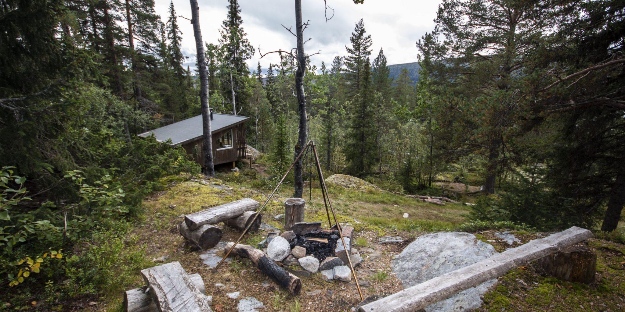 Beito Husky Cabin