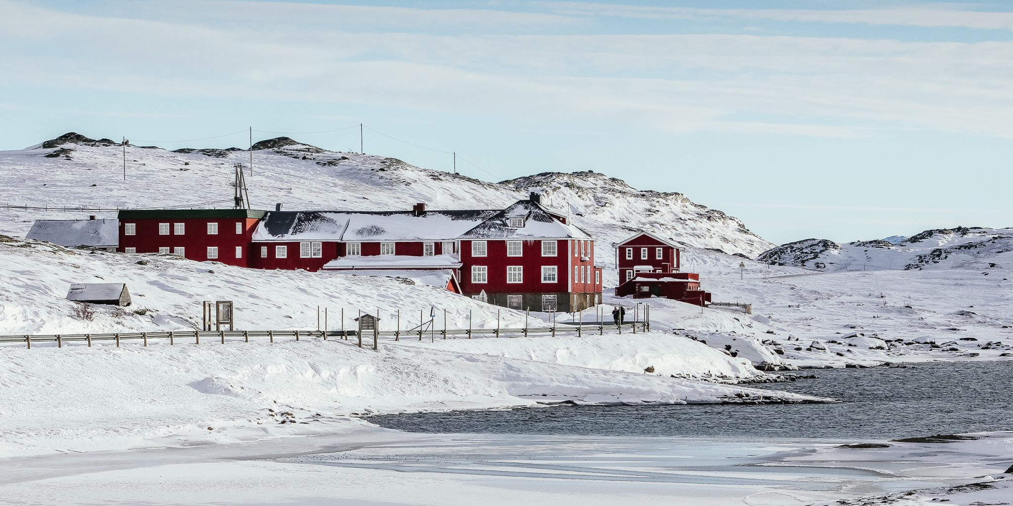 In the middle of snowhere – Bygdin Hotel – Winter