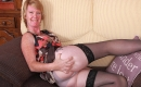 Oma Porno Fickvideo mit feuchter Oma