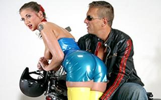 Deutsche Pornofilme - Großartiges XXX Video mit heißer Cougar