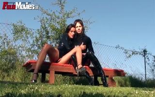 Österreicher Porno: - Versaute Blondine steht auf Outdoorsex
