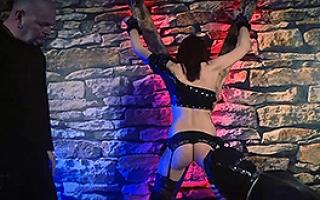 deutsches Sexvideo - Kostenfreies Hardcorevideo mit hemmungsloser Hobbyhure