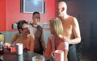 Pornovideo - Elegantes Porno Video mit rothaariger Möse
