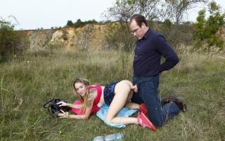 deutsche Pornofilme - Versaute Frau steht auf multiplen Orgasmus