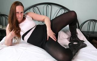 Deutschsprachig Sexy Milf steht auf Facial