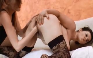 Fickvideo Blondine beim Sperma schlucken