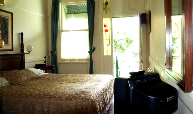East Melbourne Accommodation