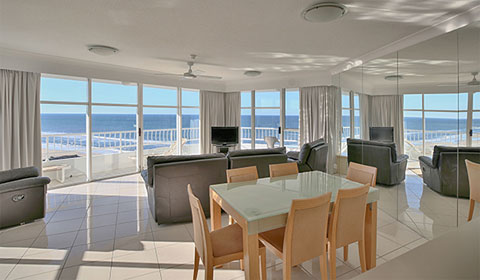 Gold Coast Apartments Palm Beach