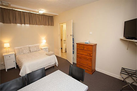 family accommodation geelong