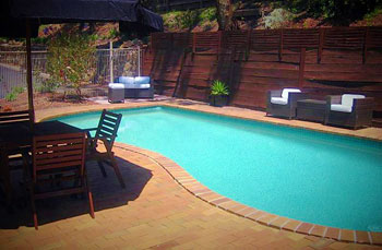 swimming pool Eltham Motor Inn
