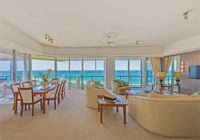 Broadbeach Beachfront Apartments