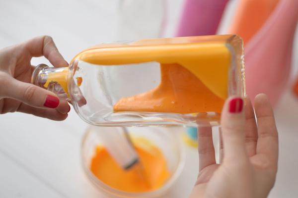 pudeles krāsošana no iekšpuses