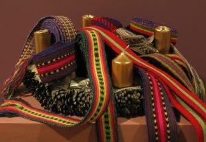 """Projekta """"Latgales tekstiliju kolekcijas saglabāšana. Latgales jostu atdarināšana"""" rezultāti"""