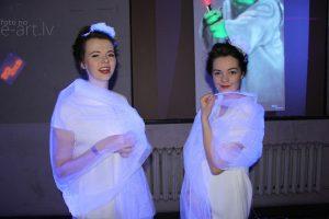 Atskats un bildes no Klonu kāzām – 77. Latvijas Mākslas akadēmijas karnevāla