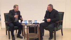Video no diskusijas Vārdi un attēli: mūsdienu cilvēks starp tekstuālo un vizuālo diskursu