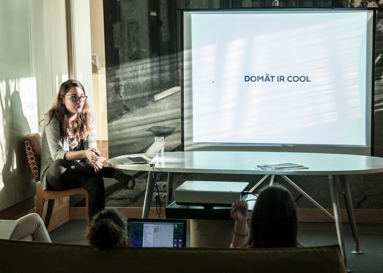 Anete Konste LADC skola palīdz apgūt tekstu rakstīšanu