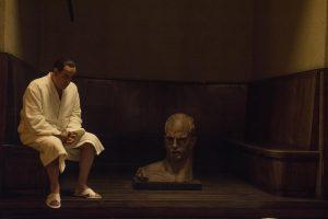"Filma ""Silvio"" (""Loro"", 2018) – Berluskoni ir ""itāliskuma"" arhetips"