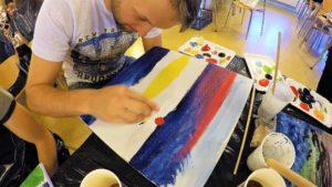 Gleznošana 1 minūtē. Gleznošanas darbnīca Vejlē.