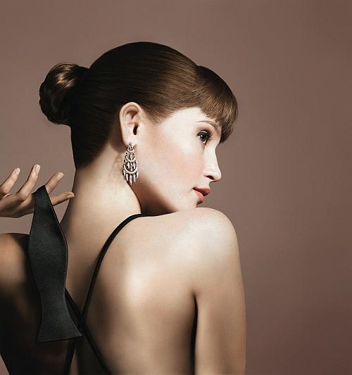 Gemma Arterton. Avon reklāmā