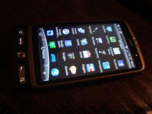 HTC Desire un Android 2.2: mans jaunais pagājušā gada telefons.
