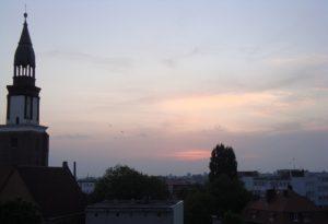 Vakara saule Polijas pilsētā Olešnica (FOTO)