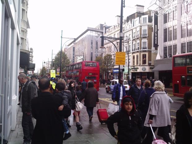 Ceļojums uz Londonu II daļa: iepirkšanās un restorāni
