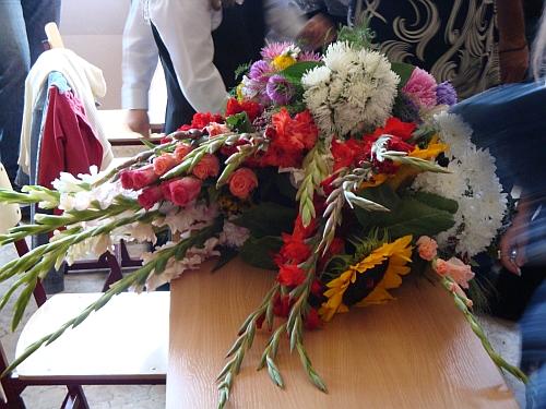Ziedi skolotājai