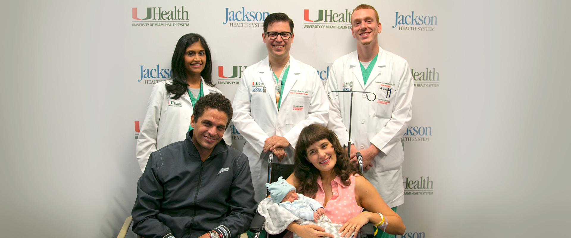 Maria Peña Press Conference full team of surgeons