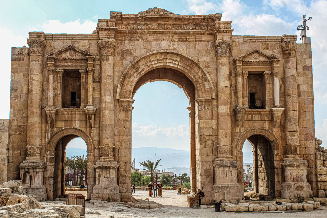 Jerash, Petra & Wadi Rum Tour from Amman (3 Days)
