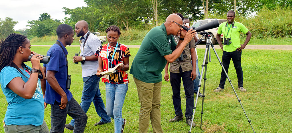 Representatives of the Greening Youth Foundation had a nice watching birds at the lakeside during their courtesy visit to the IITA Forest Center, Ibadan on 21 March 2018