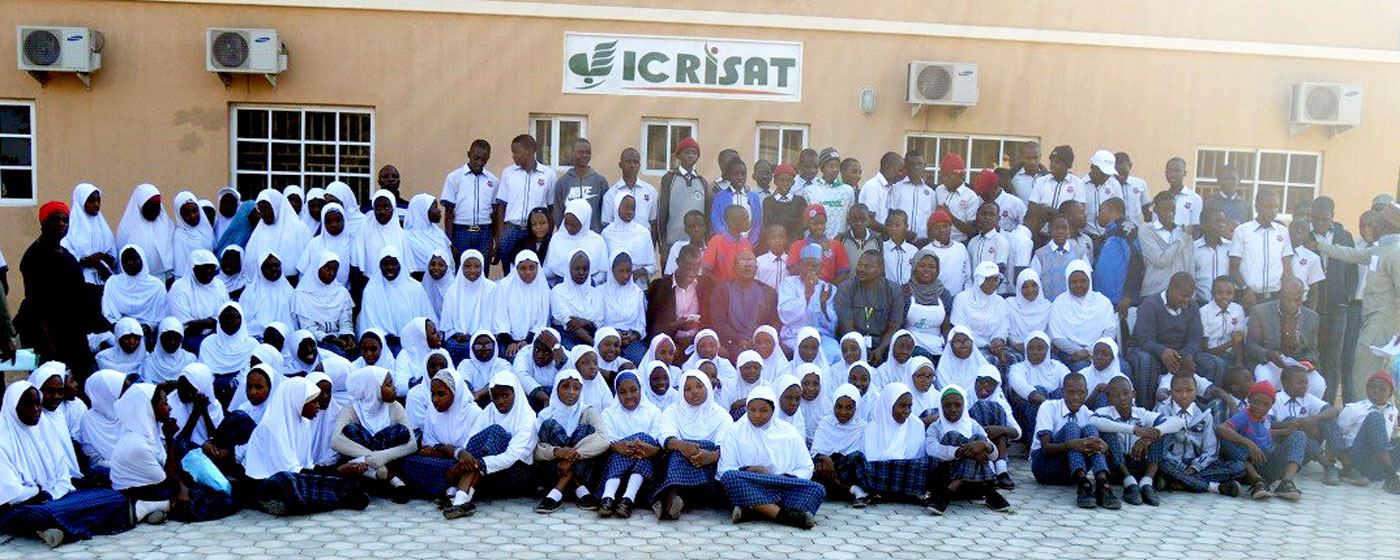 ICRISAT staff along with students and staff of The Intercontinental Secondary School, Kano, Nigeria.