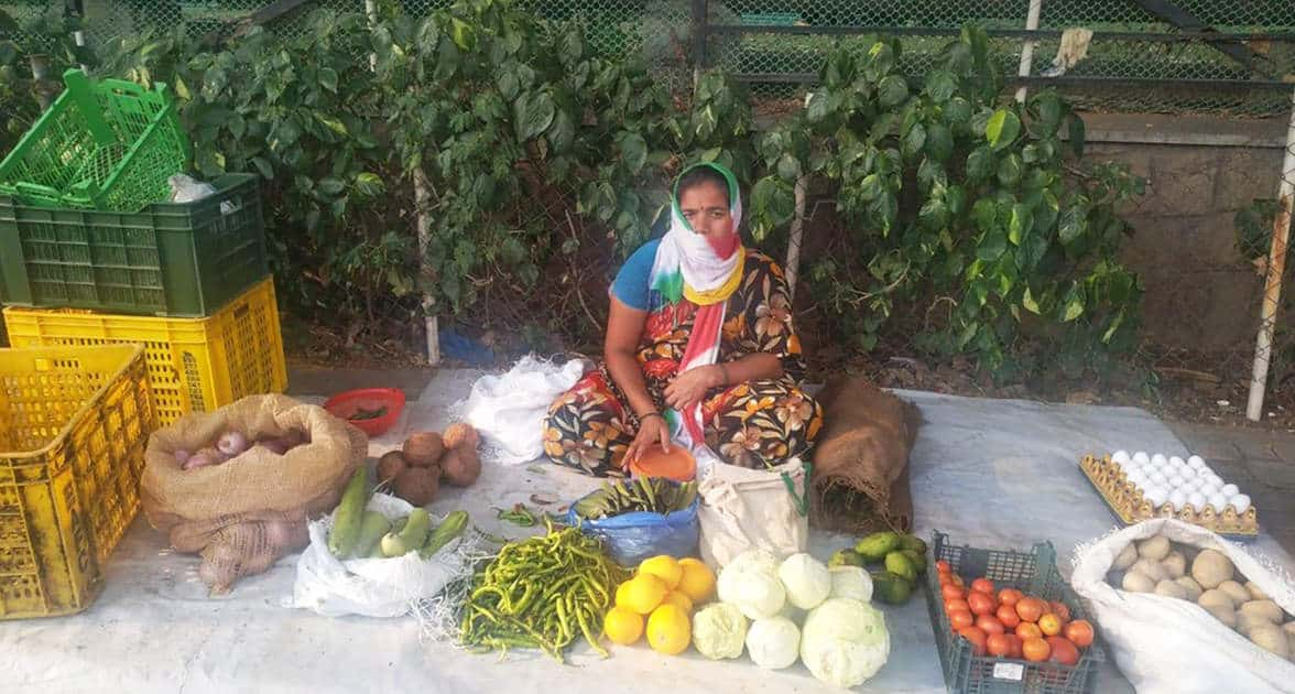 A woman selling vegetables and eggs from the slum of Srinagar colony Hyderabad. Photo: R Padmaja, ICRISAT
